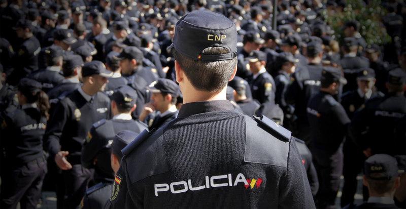 escuela formacion de preparacion oposiciones policia nacional en malaga